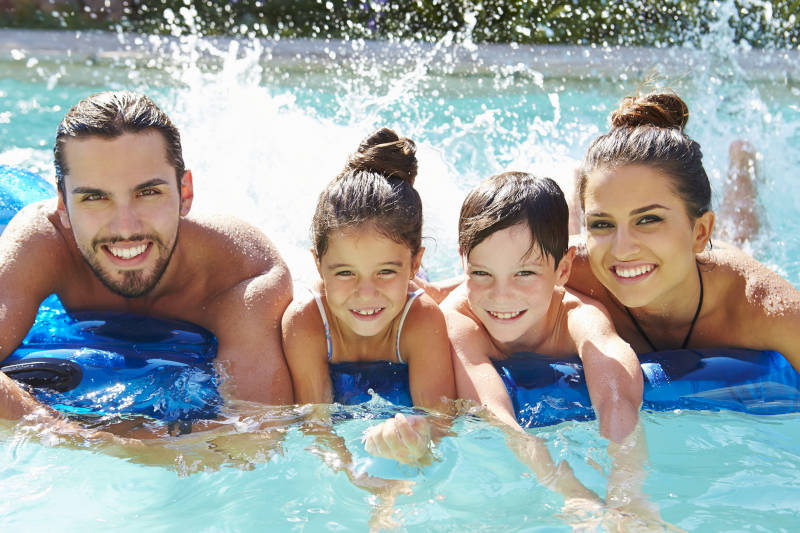 How to Heat Your Pool: Solar Pool Heaters vs Electric Heat Pumps